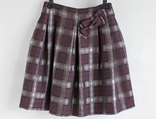 reneリボンブローチ付きスカート